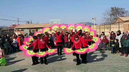 东新寨自由女神舞蹈队《好日子》