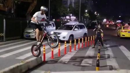攀爬自行车 赵璇 特技 自行车 山地自行车