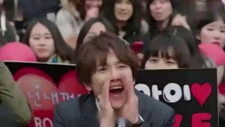 我在韩版《柒个我》安瑶拉追星也是很搞笑的, 就是脸上的皱纹有点多截了一段小视频