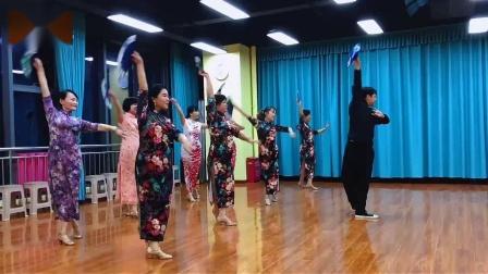 旗袍舞:片片枫叶情