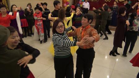 2018年12月16日,许保林,李爱莲跳慢三