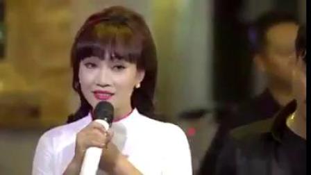 越南歌曲TinhYeuNhuToGiayTrang