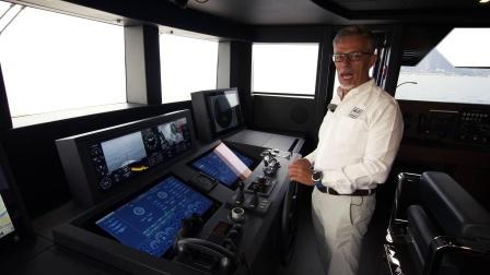 法拉帝42米游艇体验测试 CUSTOM LINE NAVETTA 42