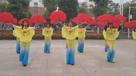 我在郝穴中老年广场舞截了一段小视频
