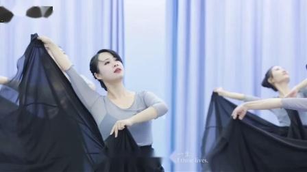 形体舞:白桦林