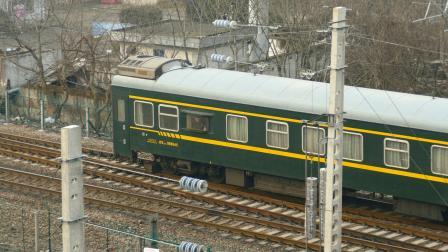 【亮点注意】K211列尾附挂WX25K-998945,本务机编号1D151