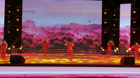 CCTV牛恩发现之旅:一曲感人〈九儿〉火红花儿开。(重庆)北京。