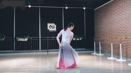 扇舞:板蓝花儿开