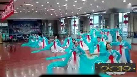 朝鲜舞:长扇舞