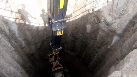 泰信机械(TYSIM)KM150伸缩臂阿布扎比施工