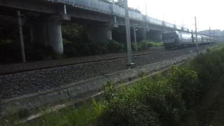 HXD3C牵引邵武-福州客车