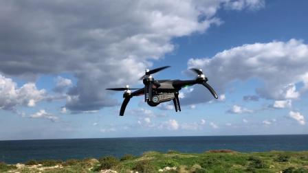 意大利玩家用美嘉欣小怪兽B5W航拍海岸