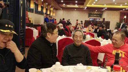 CCTV牛恩发现之旅:大导演陈逸恒生日宴会众多名流大伽到场祝福。