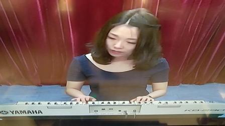 电子琴一级练习曲《小步舞曲》