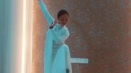 钟安娜,中道禅舞练习