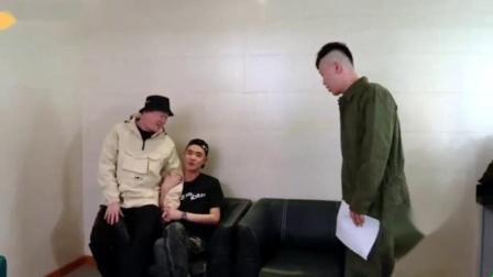 我在张云雷回三庆园全纪录,用歌声撩妹唱哭粉丝截取了一段小视频