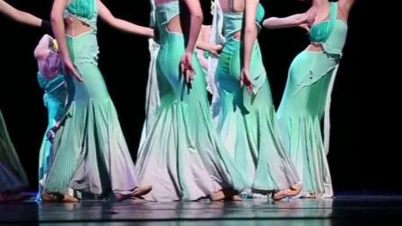 专业民族舞