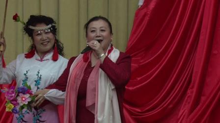歌伴舞女儿情