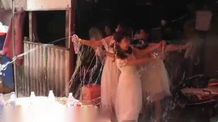我在T宝宝婚礼截取了一段小视频