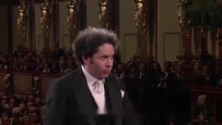 我在2017年维也纳新年音乐会--一千零一夜圆舞曲截了一段小视频