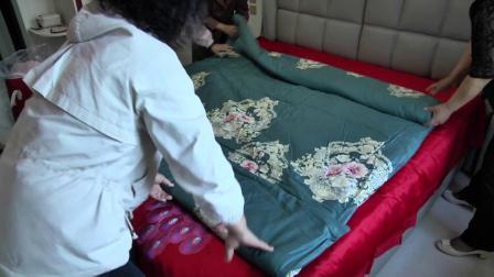 婚房铺床叠被技巧