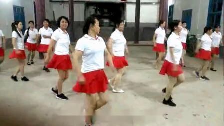 东江活力健身队《最美的中国》12人队形舞