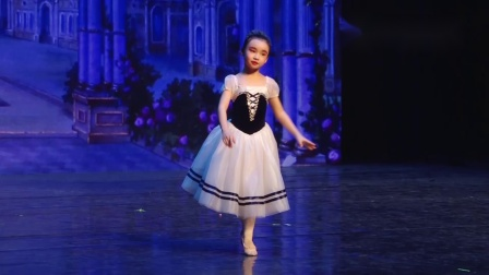 玛丽柏莎芭蕾学员演出《吉赛尔》