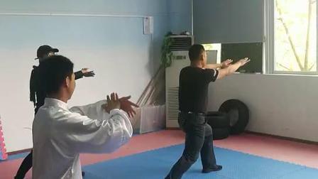 第一节课8式太极拳