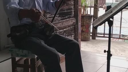 民间音乐爱好者袁孝磐二胡独奏赛马!