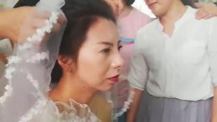 北京标榜美容美发学校化妆班学员上化妆造型课
