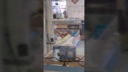 兰俊熙出生一月多成长记录