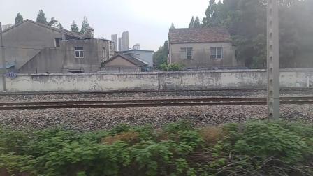 k8385出滁州北站。