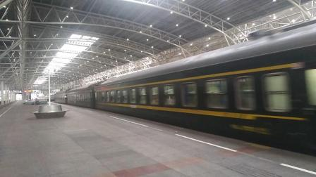 k8385出南京站。