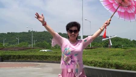 《难忘你甜甜的微笑》MV甜业声乐作品 郝艺英词 甜业曲 首唱 范宁宁