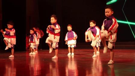 2019年丝绸路幼儿园庆六一汇演,中二班舞蹈《拍手舞》