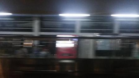 南京地铁一号线(047048)天印大道至龙眠大道。