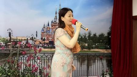 沪剧选段茫茫白雪 演唱 沈红萍