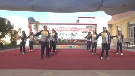 宋位小学六年级六一演出舞蹈《踏浪》00012