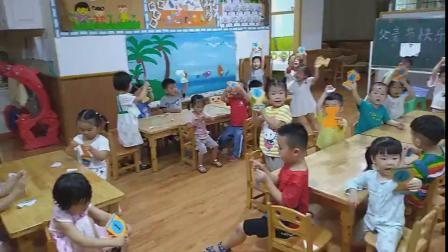 彭羽娍幼儿园祝爸爸节日快乐!(演戏)