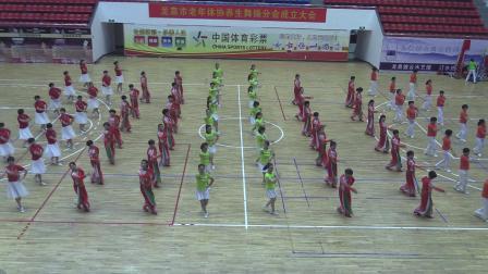 广场舞《相逢龙泉》龙泉老年体协广场舞队2019.6.27.红双喜拍摄