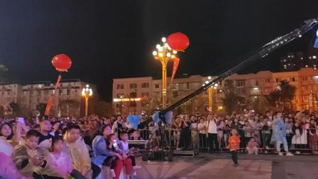 关喆6月15日四川资阳商演——《想你的夜》