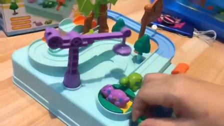 贝益星玩具加盟-马卡龙色恐龙机械轨道