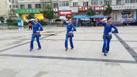 哈尔滨市金色阳光广场舞【站着等你三千年】-录制-朱志忠