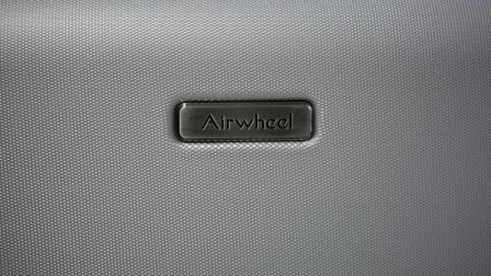 爱尔威airwheel sr5 智能跟随行李箱,产品功能简介