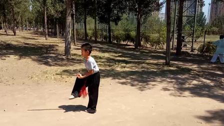 小澄澄习练武当门姚式五十六式太极剑