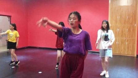 华艺舞蹈成人爵士班课堂练习《路灯下的小姑娘》