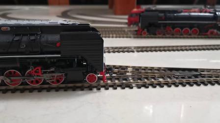 前进蒸汽机车音效版牵引25G    PIKO  数码控制器控制