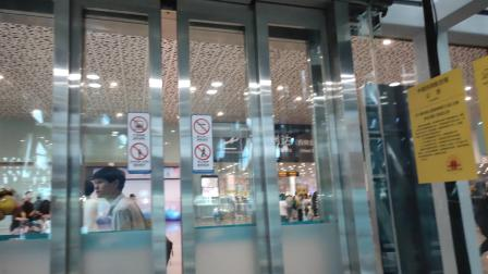 深圳宝安国际机场出口电梯(4-1-4)