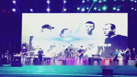 音乐盒子乐队专场演出