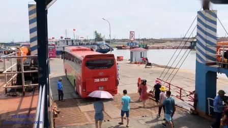 车上的轮子乘巴士经过猫巴渡船猫海防越南1婴儿电视